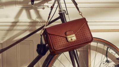Longchamp dévoile sa collection d'hiver, hommage à la Parisienne