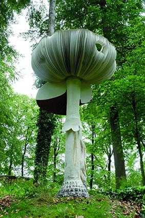 Carsten Ho݈ller, Giant Mushroom, 2018
