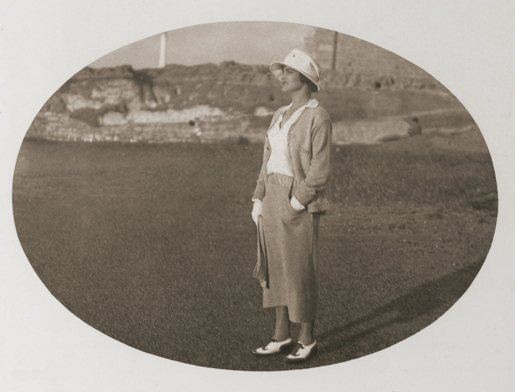 1920_Chanel_in_Biarritz_2_LD