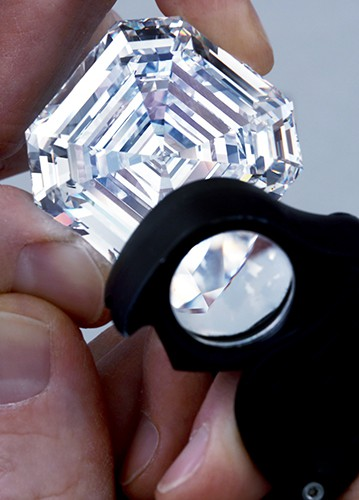 4.2 Graff Lesedi La Rona, Largest Square Emerald Cut Diamond, Photography by Donald Woodrow