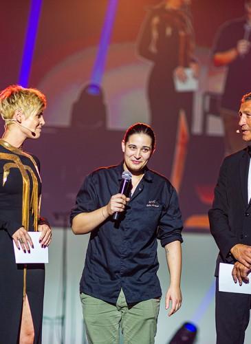 Chef Julia Sedefdjian (Chef du Baieta à Paris) avec les Maître